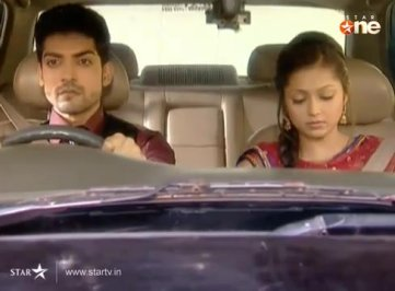 maan and/or geet in/on a car/jeep